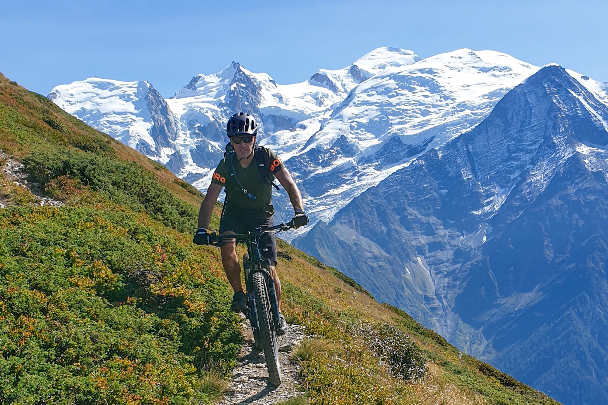 Nouvelles printanières de la Vallée de Chamonix Vtt-electrique-vttae-tour-du-mont-blanc-chamonix-guides-14-7010